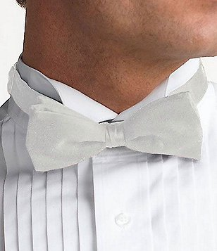 Cremieux Pre-Tied Bow Tie