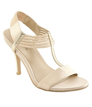 Kenneth Cole Reaction Know Way T-Strap Sandals