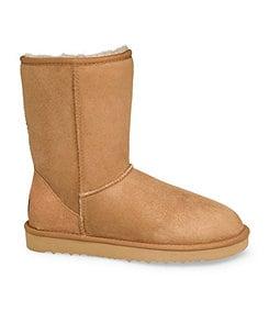 UGG� Australia Women's Classic Short Boots