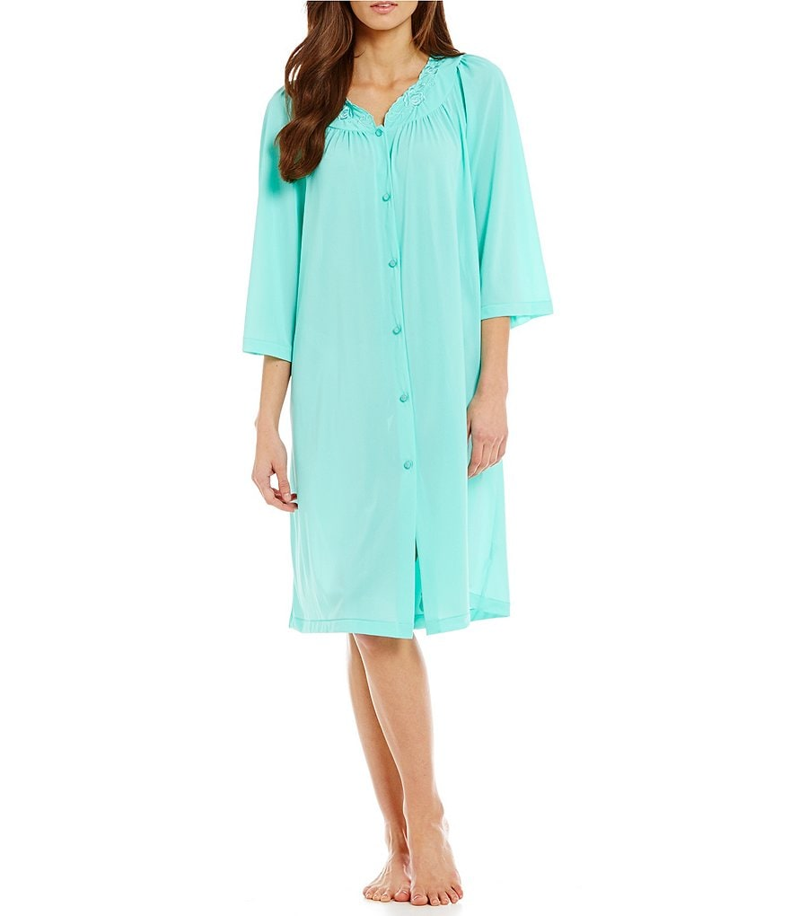 Miss Elaine Plus Long-Sleeve Short Robe