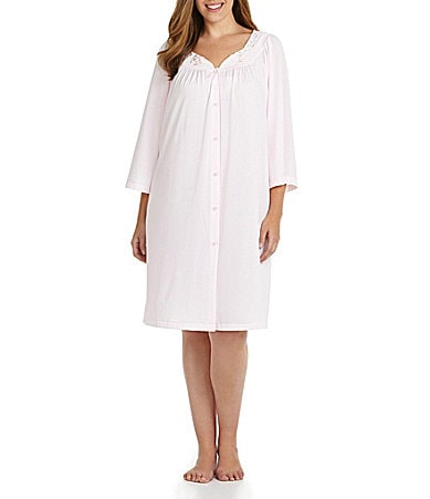Miss Elaine Woman Long-Sleeve Short Robe