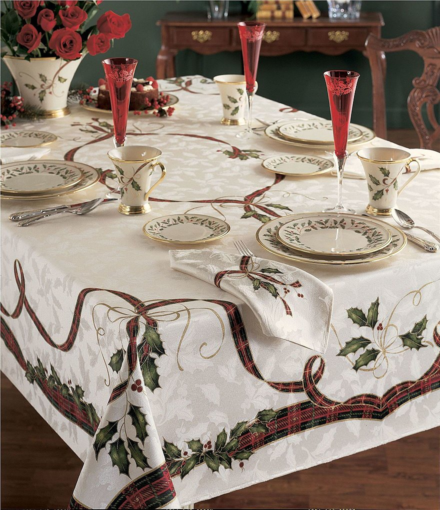 Lenox holiday nouveau table linens dillards for Table 60x120