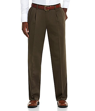 Dockers Never-Iron� Essential Khaki D3 Classic-Fit Pleated Pants