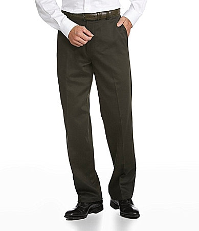 Dockers Never-Iron � Essential Khaki Classic-Fit Flat Front Pants