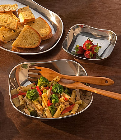 Wilton Armetale Boston Serveware Collection