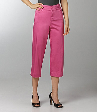 Intro Stretch Sateen Capri Pants