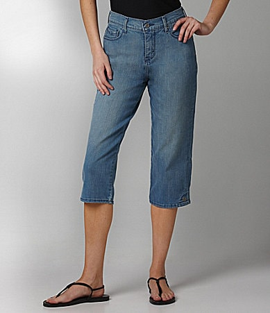 Levi�s 512 Denim Capri Pants