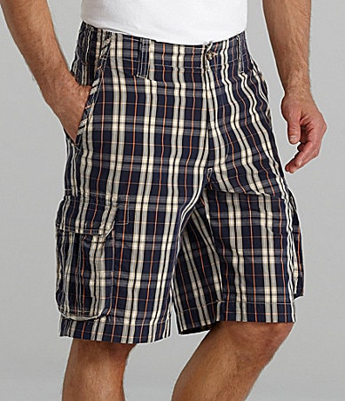 Roundtree & Yorke Relaxed Fit Plaid Cargo Shorts