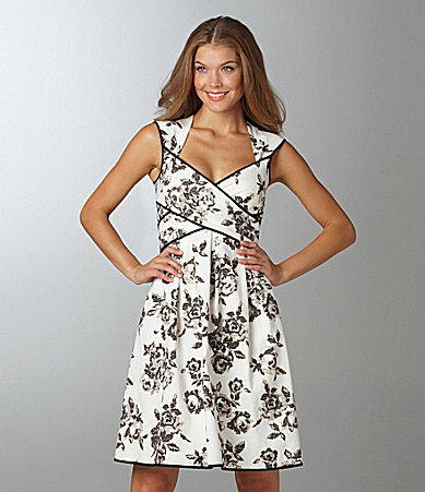 Jessica Simpson Woman Floral-Print Dress
