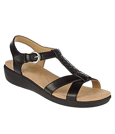 Naturalizer Women�s Weslie Sandals