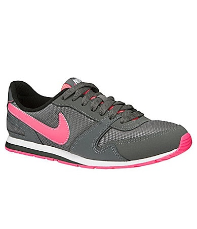 Nike Women�s Eclipse II Soccer Shoes