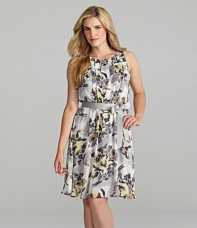 Jessica Howard Pleated Floral-Print Dress
