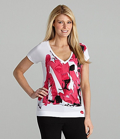AK Anne Klein Woman V-Neck Lion Print Top