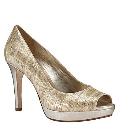 Antonio Melani Shia Pumps