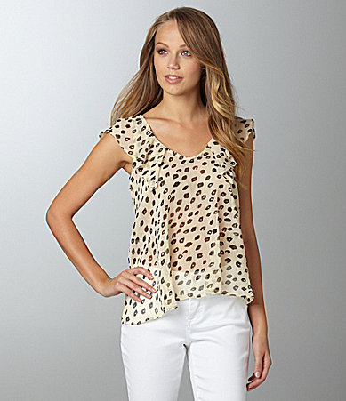 BCBGeneration Low Back Print Top