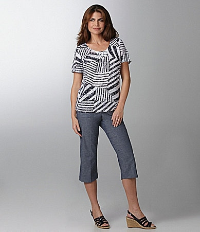Samantha Grey Patchwork Burnout Knit Top & Twill Cargo Capri Pants