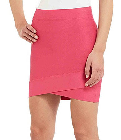 BCBGMAXAZRIA Fitted Envelope Skirt