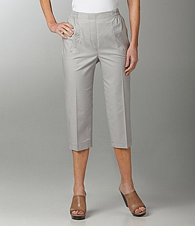 Allison Daley II Mock-Fly Pull-On Capri Pants