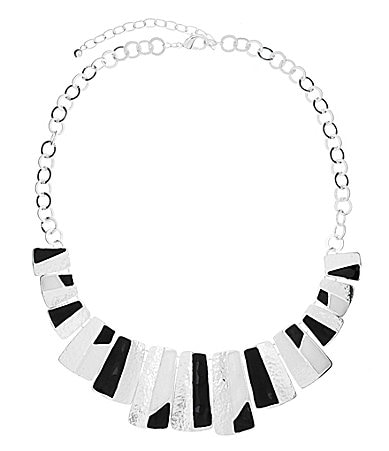 Dillard�s Tailored Southwestern Geometric Statement Necklace