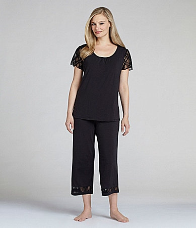 Nottibianche TEMPtation Black Lace Sleep Top & Capris