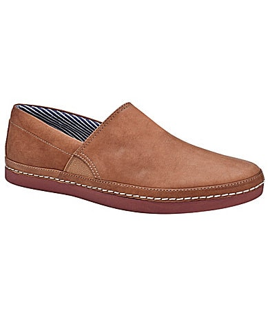 UGG Australia Men�s Reefton Slip-On Shoes