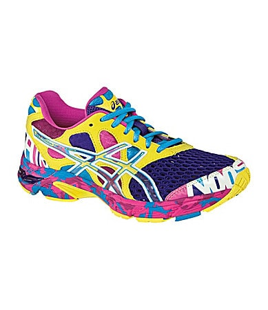ASICS Women�s GEL-Noosa Tri 7 Running Shoes