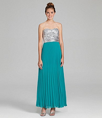 B. Darlin Strapless Sequin Top Dress