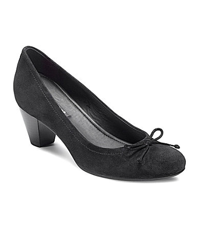 Ecco New Delhi Bow Pumps
