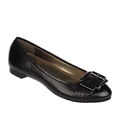 Naturalizer N5 Contour Orion Buckle-Detail Flats
