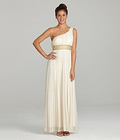 Xtraordinary One-Shoulder Gown