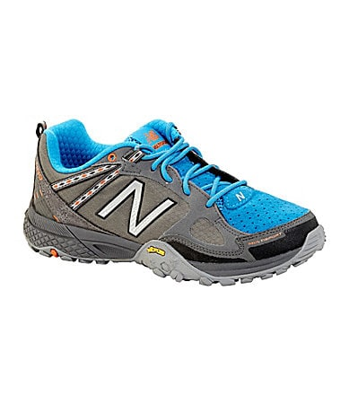 New Balance Women�s 889 Walking Shoes