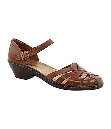 Clarks Wendy Land Ankle-Strap Sandals