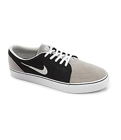 Nike Men�s Satire Skate Shoes