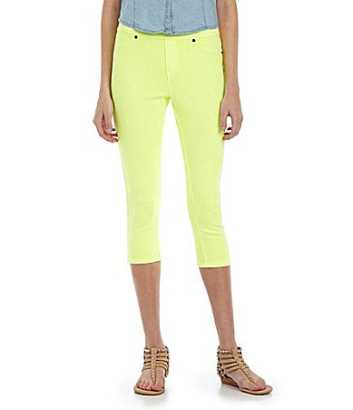 HUE Neon Chino Capri Leggings