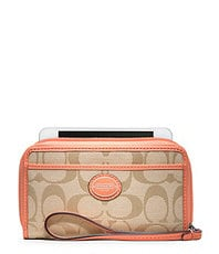 COACH SIGNATURE EAST/WEST UNIVERSAL CASE