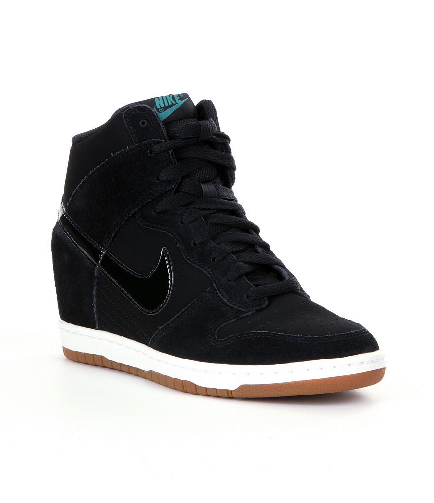 Nike Dunk Sky Hi High-Top Women�s Shoes