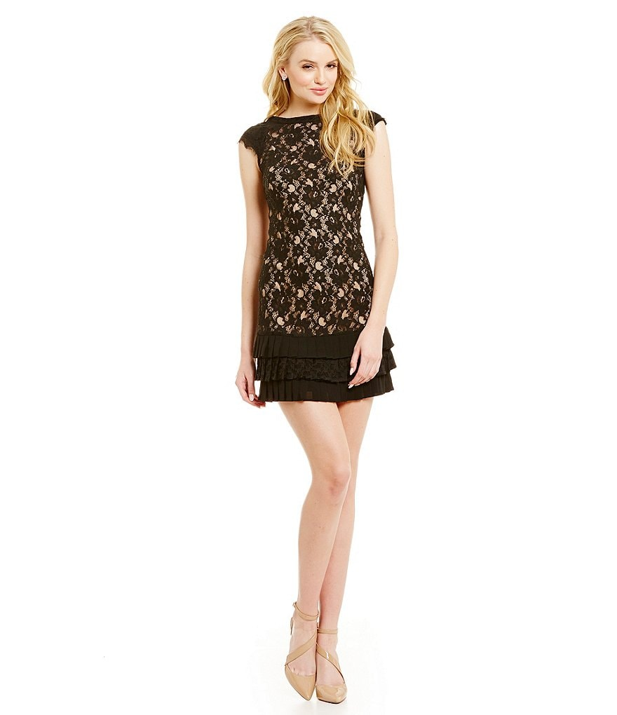 Jessica Simpson Tiered Ruffle Hem Lace Dress
