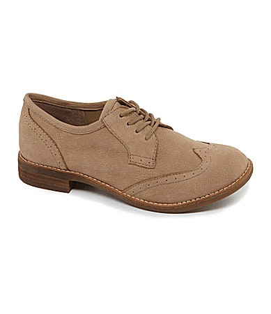 GB Wing-Tip Lace-Up Oxfords