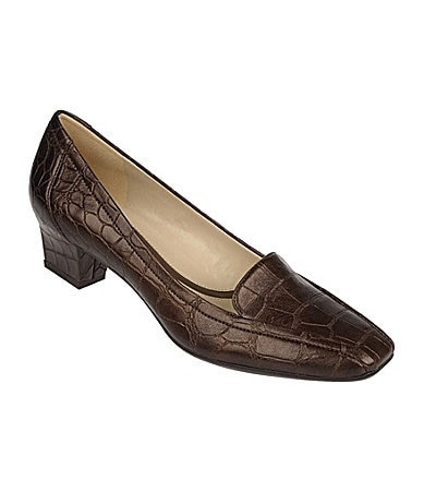 Naturalizer Fuller Croco-Embossed Loafers