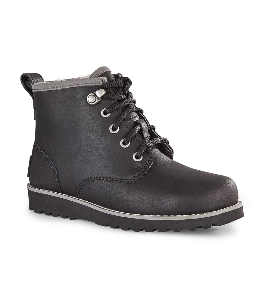 UGG® Maple Lace-Up Boys´ Cold Weather Boots