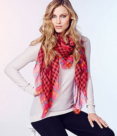 Jessica Simpson Houndstooth Square Scarf