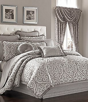 J. Queen New York Babylon Damask Comforter Set