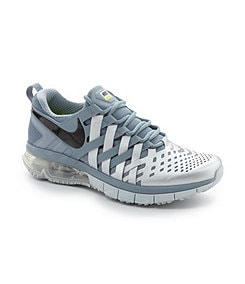 Nike Men�s Fingertrap Max Athletic Training Shoes