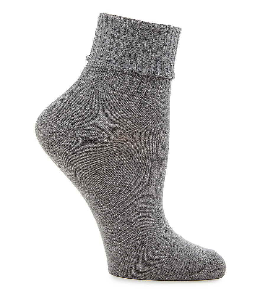 HUE Scalloped Turncuff Socks