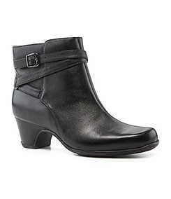 Clarks Leydon Summit Waterproof Booties