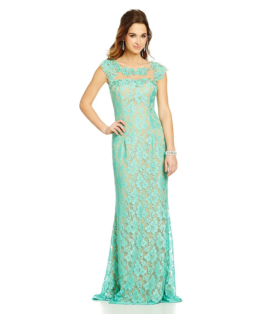 Jodi Kristopher Cap-Sleeve Applique Lace Long Dress