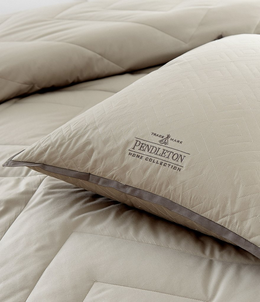 Pendleton PrimaLoft Silver Series Diamond-Stitched 300-Thread-Count Twill Antimicrobial Hypoallergenic Down-Alternative Pillow