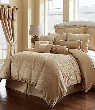 Waterford Lynath Filigree & Woven Geometric Jacquard Comforter Set