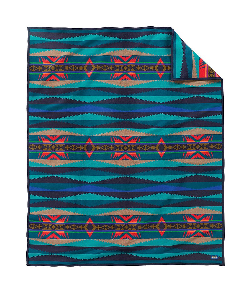 Pendleton Lahaina Wave Blanket Robe