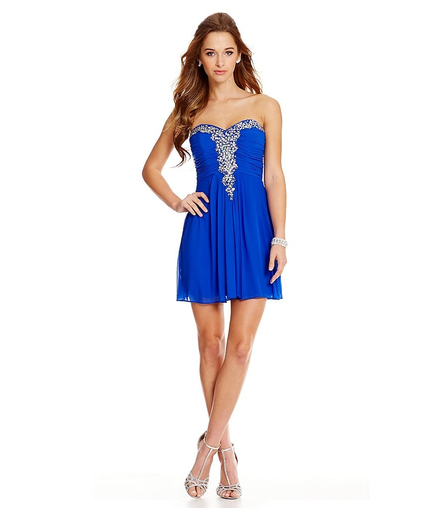 Blondie Nites Beaded V-Trim Sheath Dress